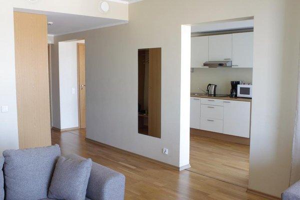 Adelle Apartments - фото 9