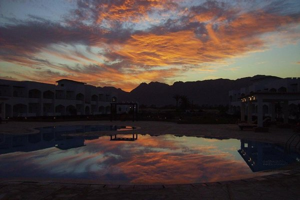 Swisscare Nuweiba Resort Hotel - фото 11