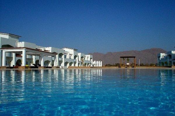 Swisscare Nuweiba Resort Hotel - фото 16