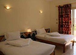 New Memnon Hotel фото 2