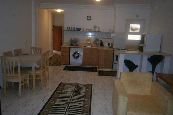 Oasis Resort & Apartment - 11