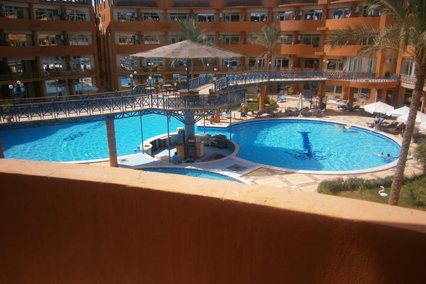 Oasis Resort & Apartment - 12