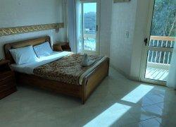 Golden Rose Hotel фото 3