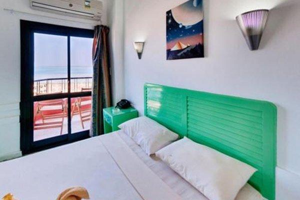 Sea View Hotel - 3