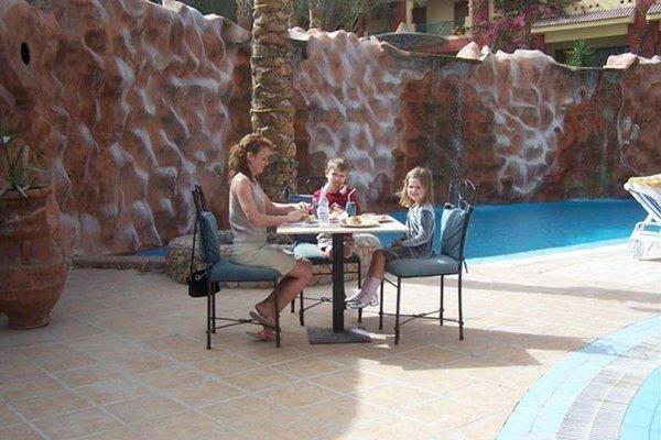 Sun & Sea Hotel - фото 17