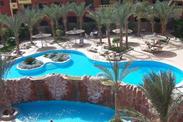 Sun & Sea Hotel - фото 19
