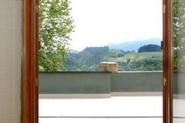 Apartamentos Turisticos Talaimendi - фото 19