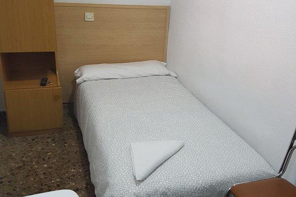 Hostal Milmarcos - 6