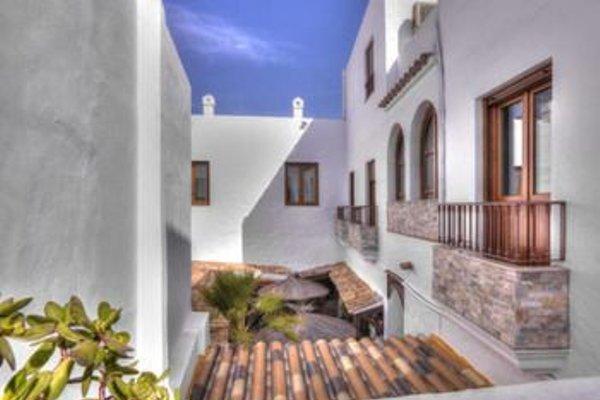 Hotel Almadrabeta - 16