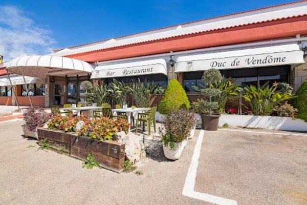 Hotel Restaurante Duc de Vendome - 17