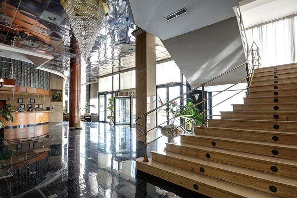 Hotel Villareal Palace - 16