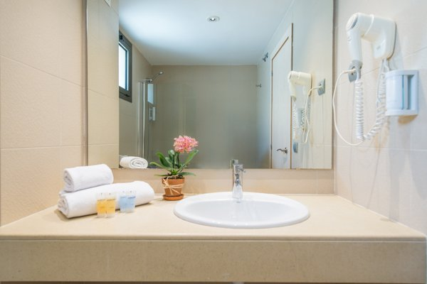 Atenea Park Suites & Apartments - фото 8