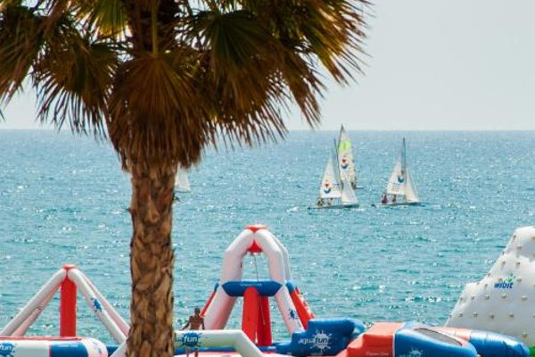 Apartamentos Turisticos Costera La Mar - фото 22