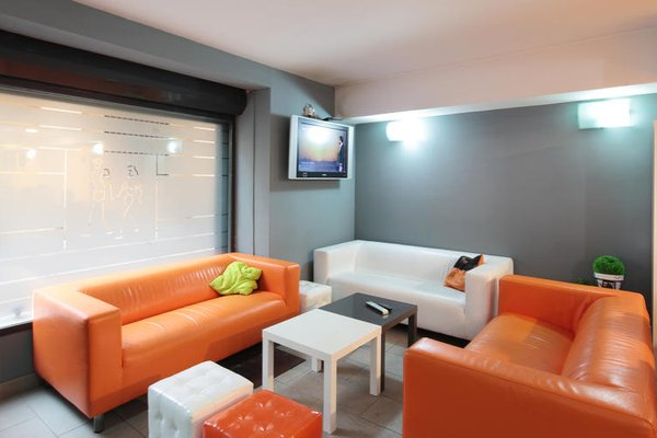 Center Valencia Youth Hostel - фото 5