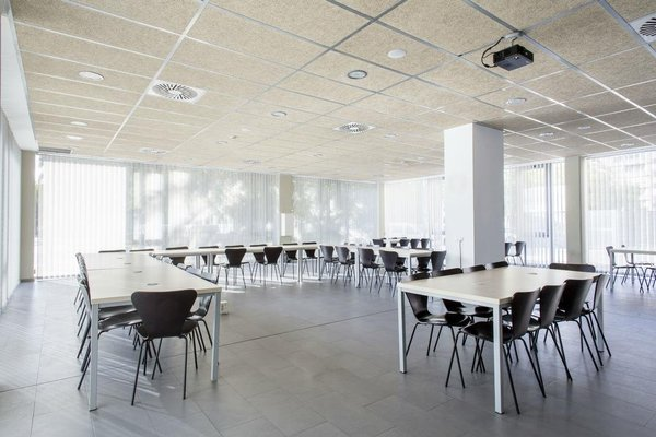 Residencia Universitaria Damia Bonet - фото 14