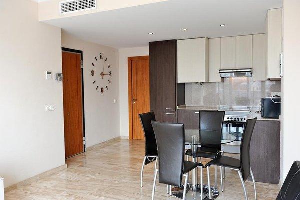 Valencia Central Apartments - фото 12
