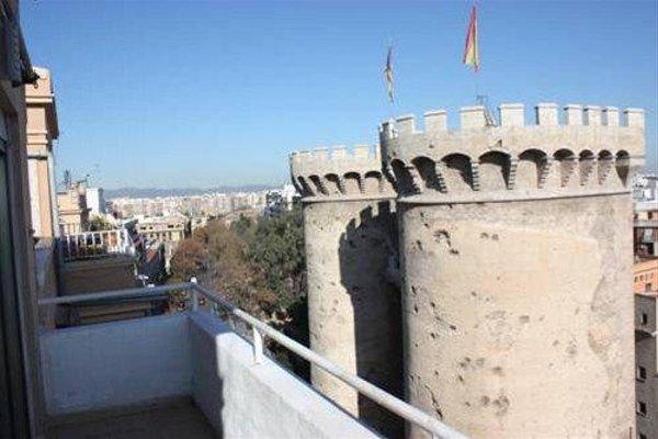 Torres de Valencia Apartments - фото 50