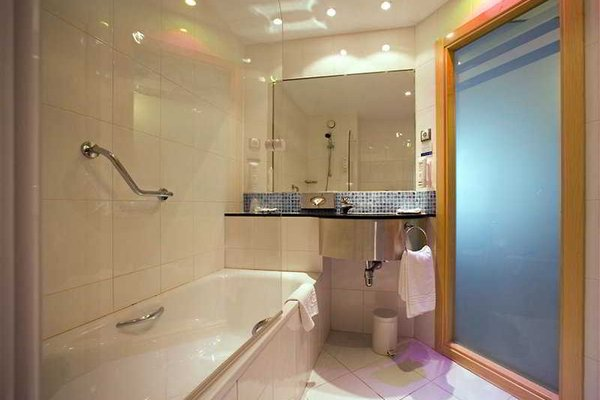 Hotel Holiday Inn Express Madrid-Rivas - фото 6