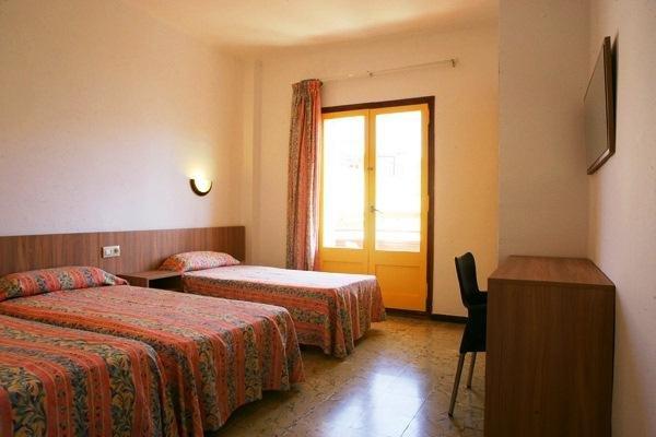 Hotel Mar Bella - фото 3