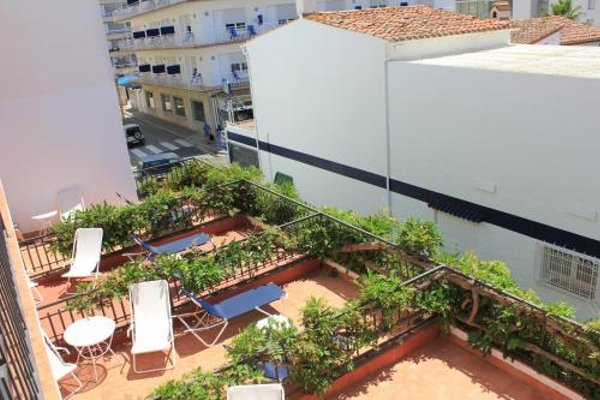 Hotel Avenida - фото 19