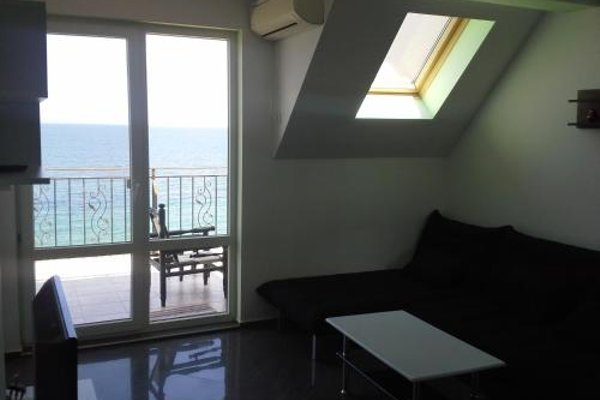 Akra Apartments - фото 17