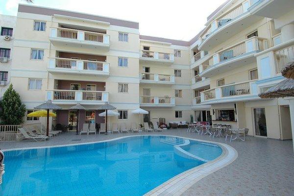 Michalis Apartments - фото 22