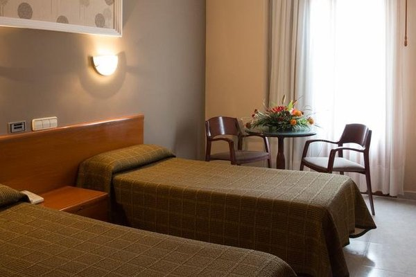 Hotel Maria De Molina - 3