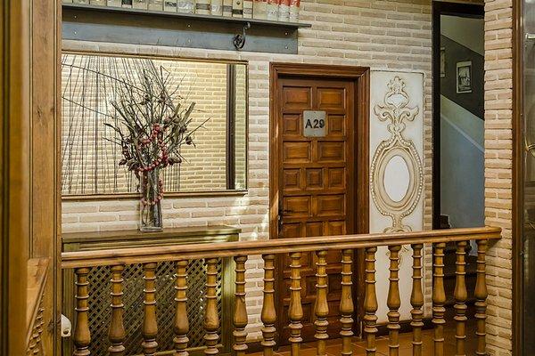 El Hostal Puerta Bisagra - фото 19