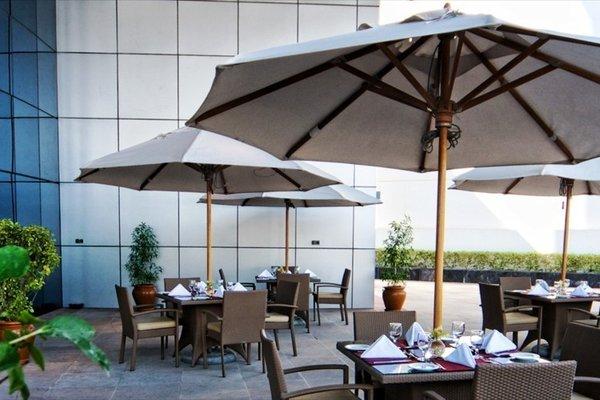 City Seasons Hotel Dubai - фото 11