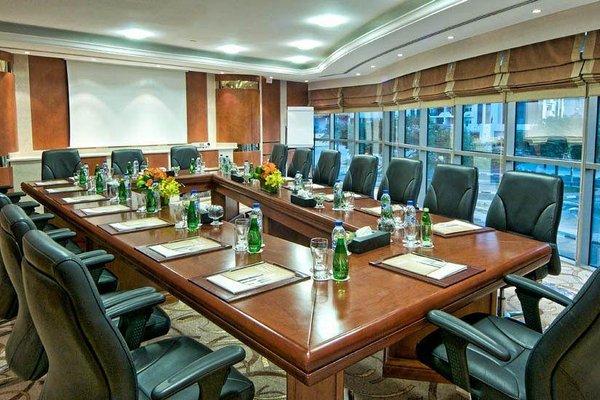 City Seasons Hotel Dubai - фото 19