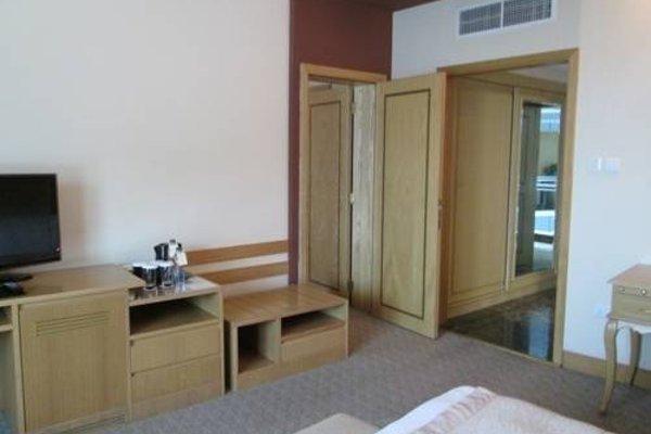 City Seasons Hotel Dubai - фото 4
