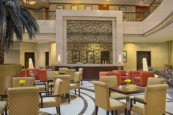 City Seasons Hotel Dubai - фото 7
