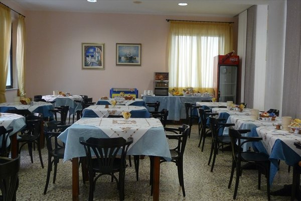 Hotel Azzurra - 14