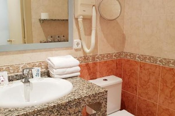 Hotel Piccadilly Sitges - фото 8