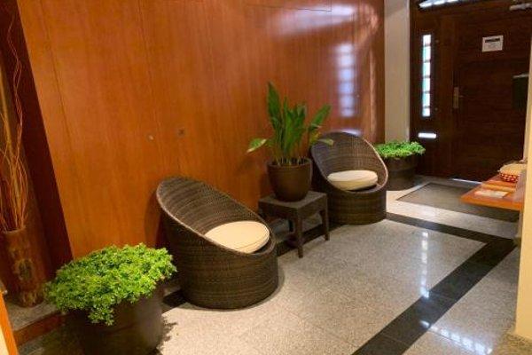 Sitges Apartment - фото 8