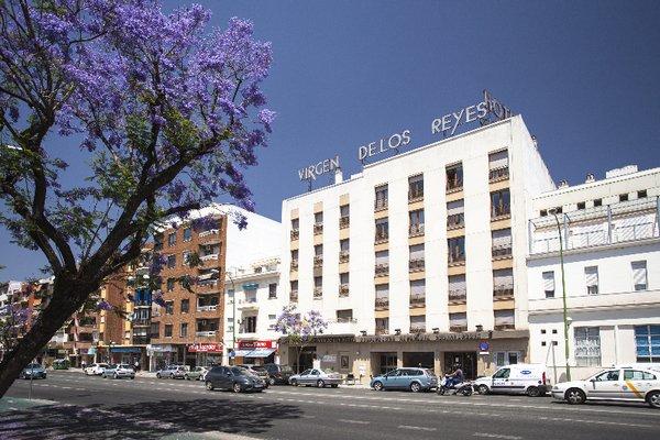 Hotel Virgen de los Reyes - фото 22