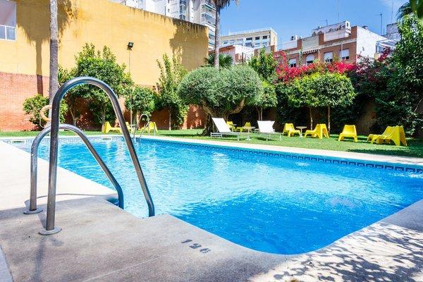 AACR Hotel Monteolivos - фото 21