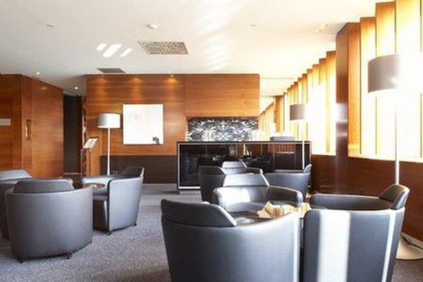 AC Hotel Sevilla Forum, a Marriott Lifestyle Hotel - фото 10