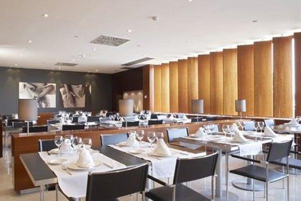 AC Hotel Sevilla Forum, a Marriott Lifestyle Hotel - фото 12