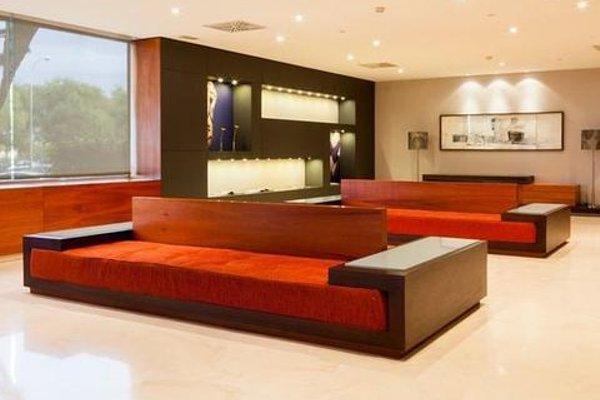 AC Hotel Sevilla Forum, a Marriott Lifestyle Hotel - фото 16