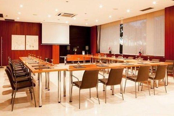 AC Hotel Sevilla Forum, a Marriott Lifestyle Hotel - фото 18