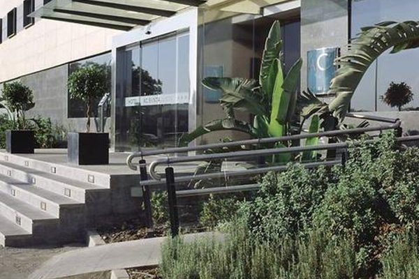 AC Hotel Sevilla Forum, a Marriott Lifestyle Hotel - фото 21