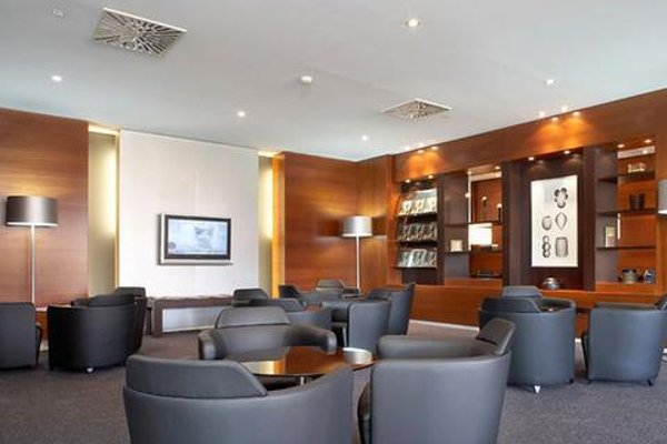 AC Hotel Sevilla Forum, a Marriott Lifestyle Hotel - фото 5