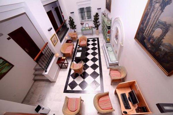 Hotel Dona Blanca - 4