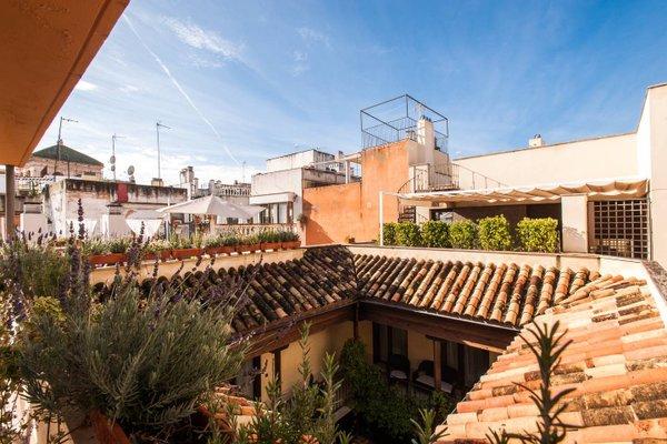 AT apartamentos & VTV Conde de Torrejon 10 - фото 23
