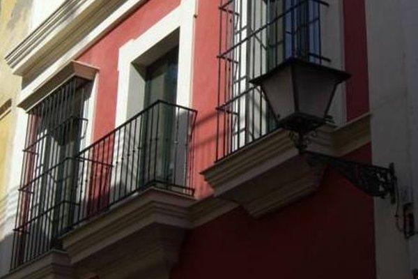 Apartamentos Living Sevilla Centro Maestranza - фото 21