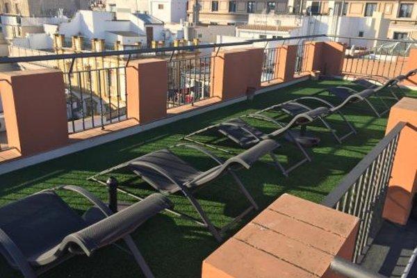 AQSevilla Apartments - 21