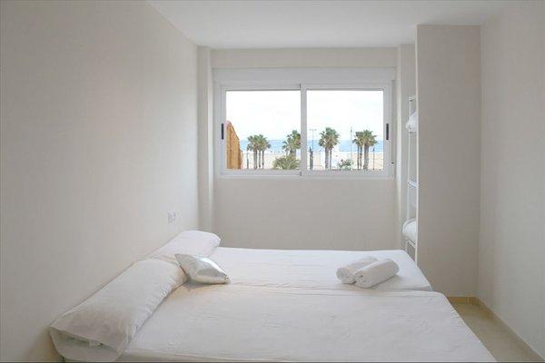 Holiday Apartments Malvarrosa Beach - фото 3