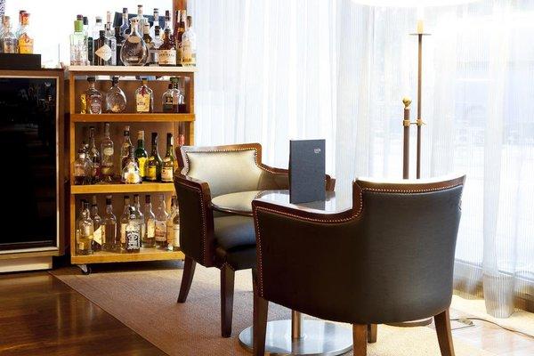 AC Palacio del Carmen, Autograph Collection, a Luxury & Lifestyle Hotel - фото 11