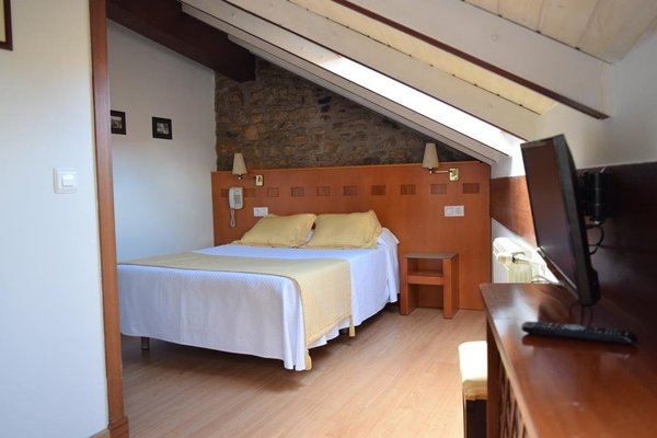 Hotel Entrecercas - фото 4